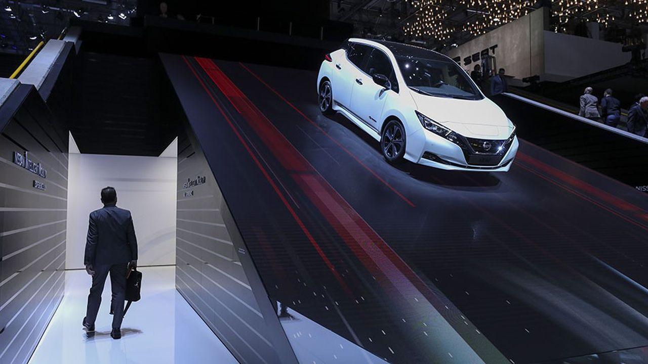 Selon le plan stratégique adopté en 2017, l'Alliance Renault Nissan devait développer en cinq ans 12 nouveaux modèles 100 % électriques, avec base technique commune et 40 véhicules munis de technologie de conduite autonome (ici une Nissan Leaf au salon automobile de Genève 2018)