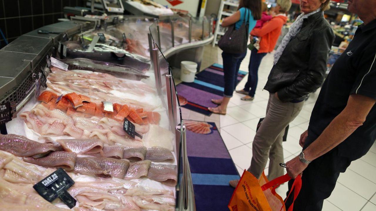 Trois quarts des achats de poissons frais et autres produits de la mer des consommateurs français sont réalisés dans la grande distribution.