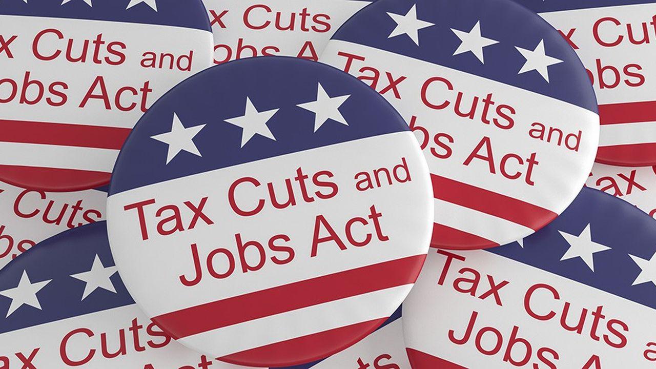À l'époque, beaucoup d'économistes faisaient des prédictions optimistes sur les effets probables du train de réformes fiscales.