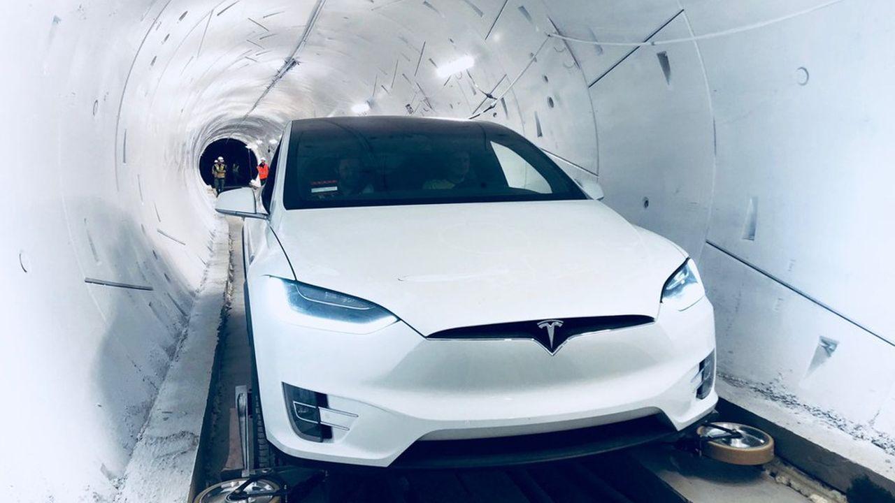 La vraie innovation tient au système de guidage latéral qui peut être installé sur n'importe quel véhicule électrique et autonome pour moins de 300dollars