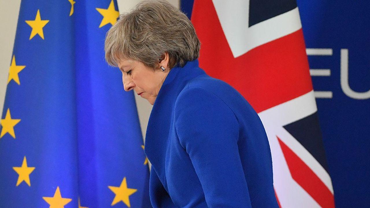 Le gouvernement de Theresa May urge les entreprises à accélérer les préparatifs en vue d'une sortie sans accord de l'Union européenne