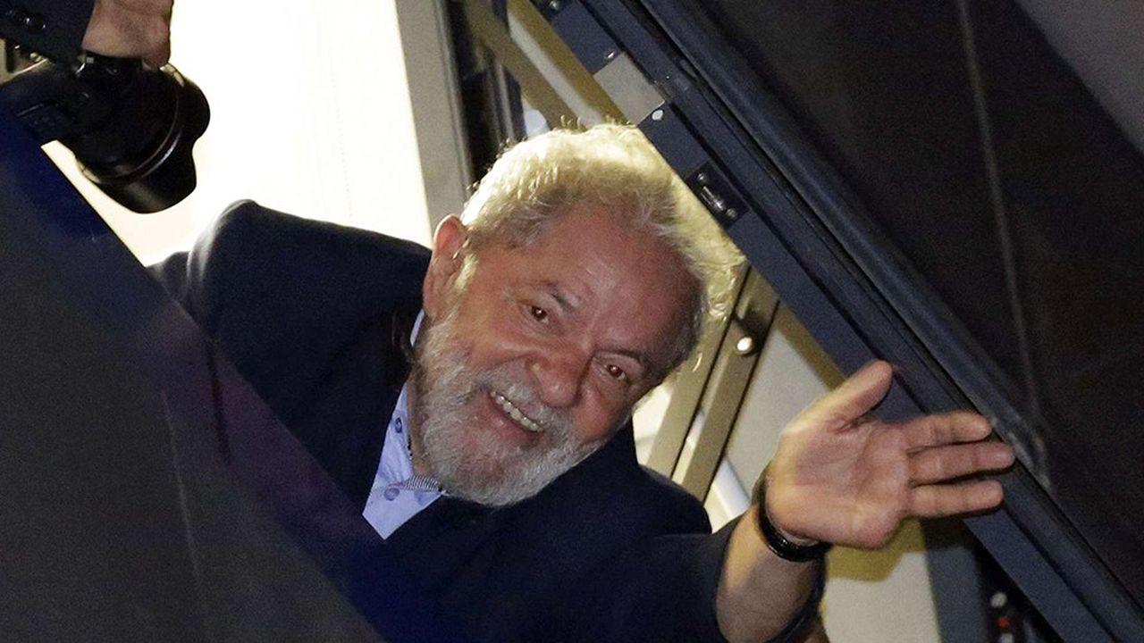 Lula a été condamné en appel à 12 ans et un mois de prison en janvier pour corruption