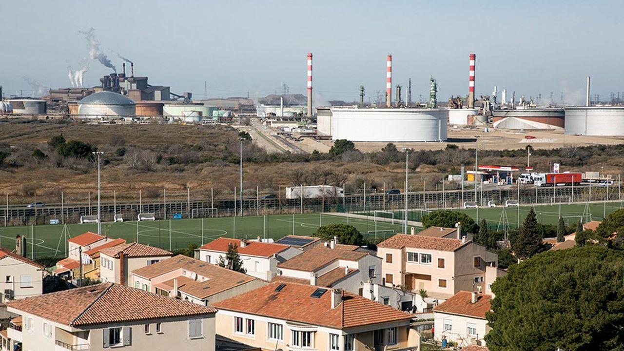 Usine Arcelor Mittal à Fos sur mer.
