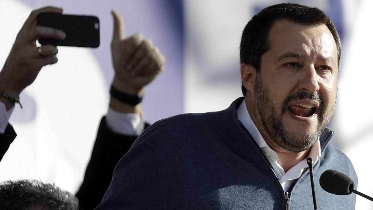 Matteo Salvini est entouré d'une équipe de jeunes consultants pour lesquels la communication numérique n'a pas de secrets