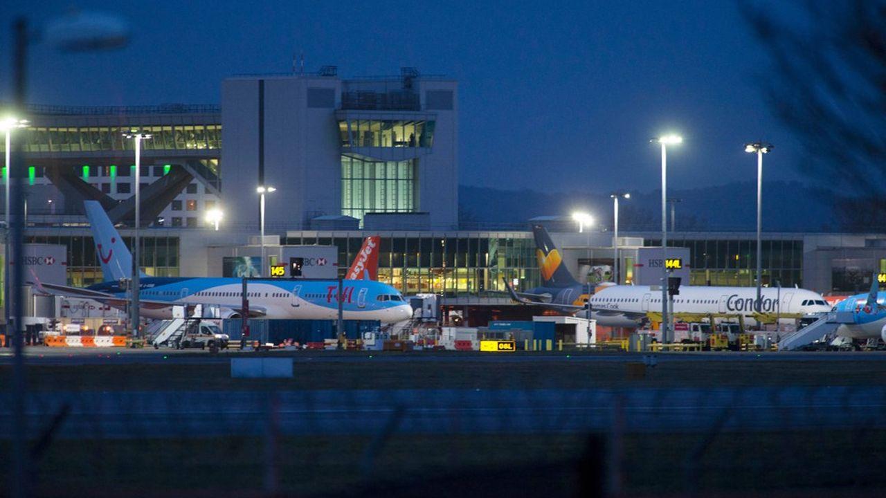 Un drone a été vu à plus de 50 reprises au-dessus de l'aéroport britannique