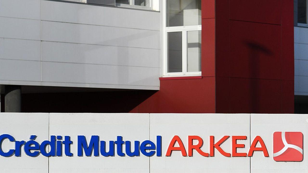La Confédération nationale du Crédit Mutuel s'apprête à «clore» ses discussions avec Arkéa, qui souhaite depuis des mois quitter le groupe mutualiste. Les frères ennemis du Crédit Mutuel s'opposent point par point.