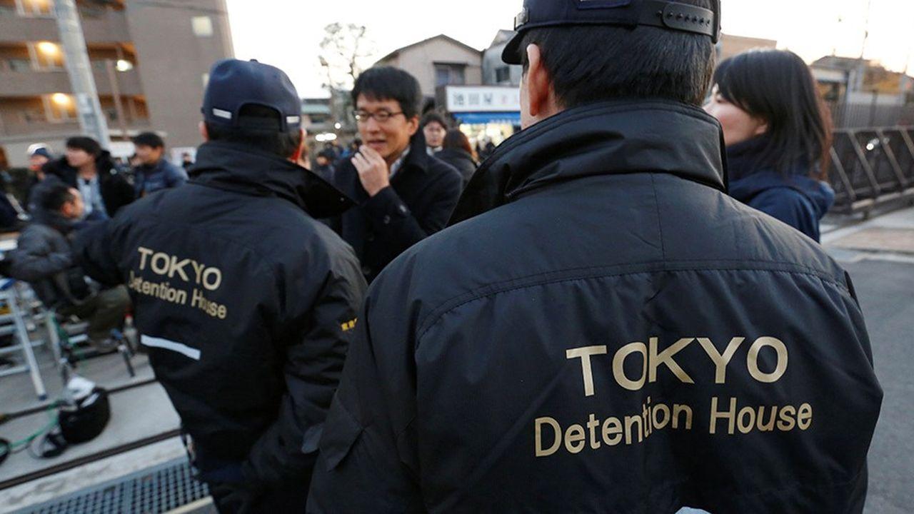 Un troisième mandat d'arrêt a été lancé vendredi à l'encontre de Carlos Ghosn.