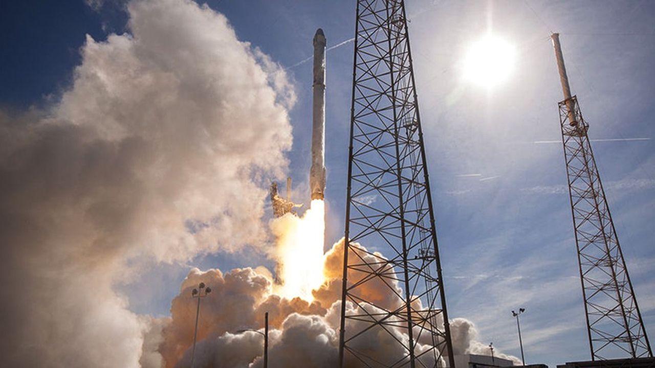 La fusée Falcon 9a décollé de Cap Canaveral en Floride à 8h51 dimanche