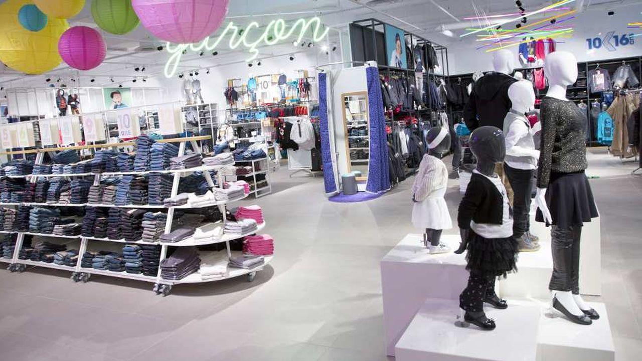 42f87d54449 Textile   Kiabi passe numéro un en France devant Galeries Lafayette ...
