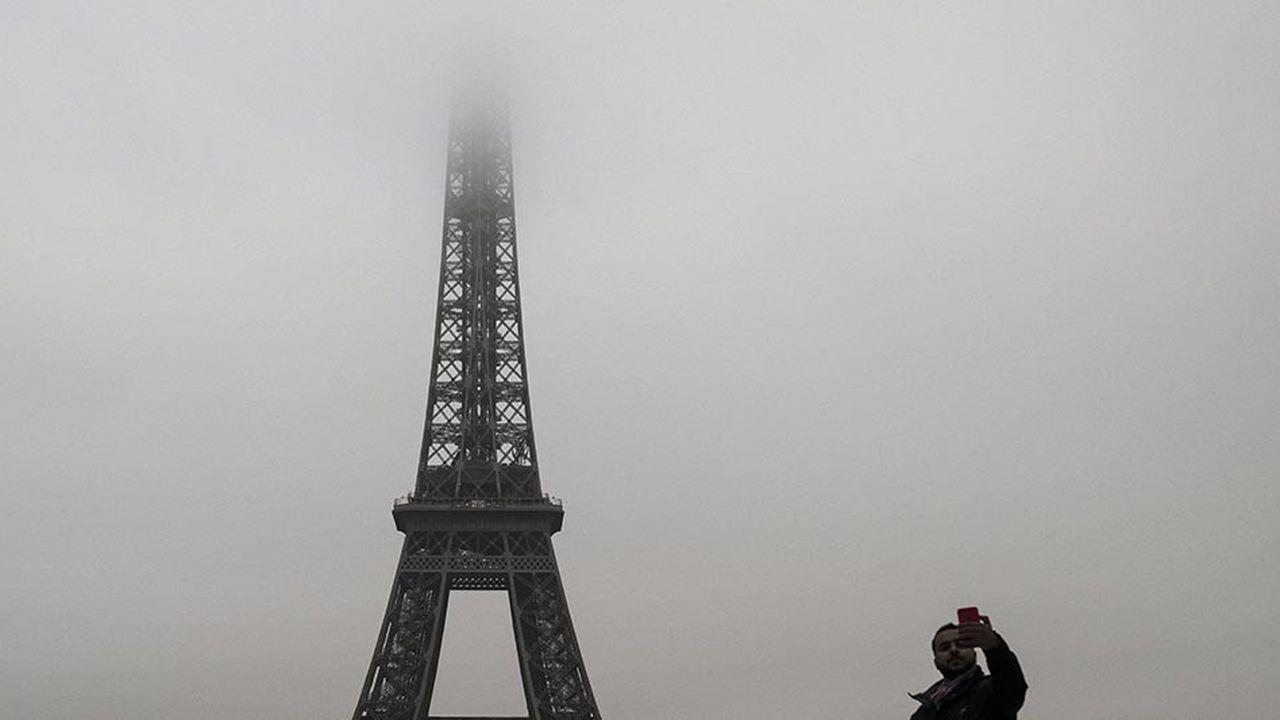 Les professionnels du tourisme sont dans le brouillard quant aux conséquences dans la durée du mouvement des gilets jaunes sur l'image de la France.