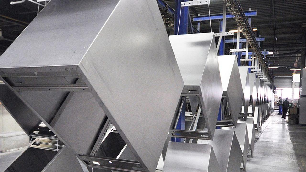 Le fabricant de mobilier Magencia est victime d'impayés et a fermé deux sites de production.