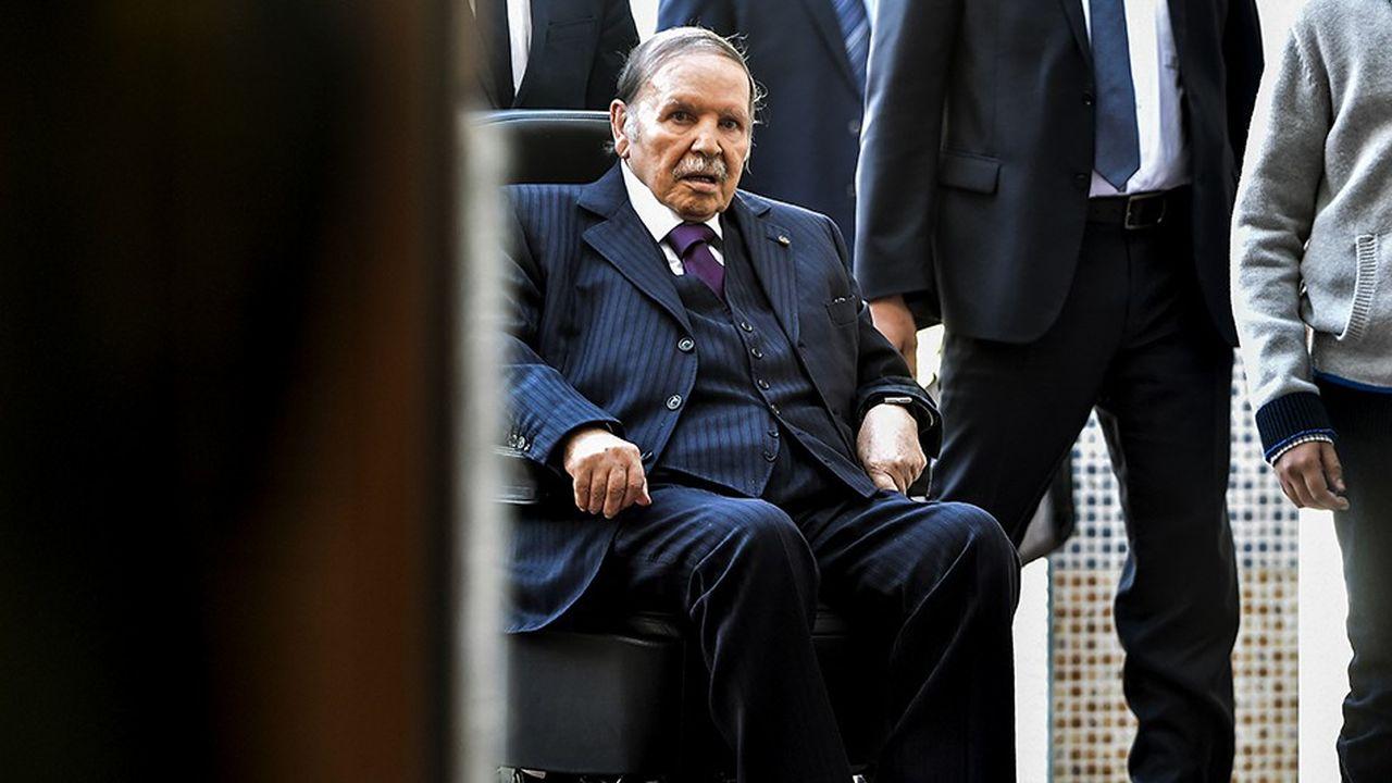 Le 23novembre 2017, le président Abdelaziz Bouteflika s'était rendu en fauteuil roulant dans un bureau de vote d'Alger pour prendre part à des élections locales.