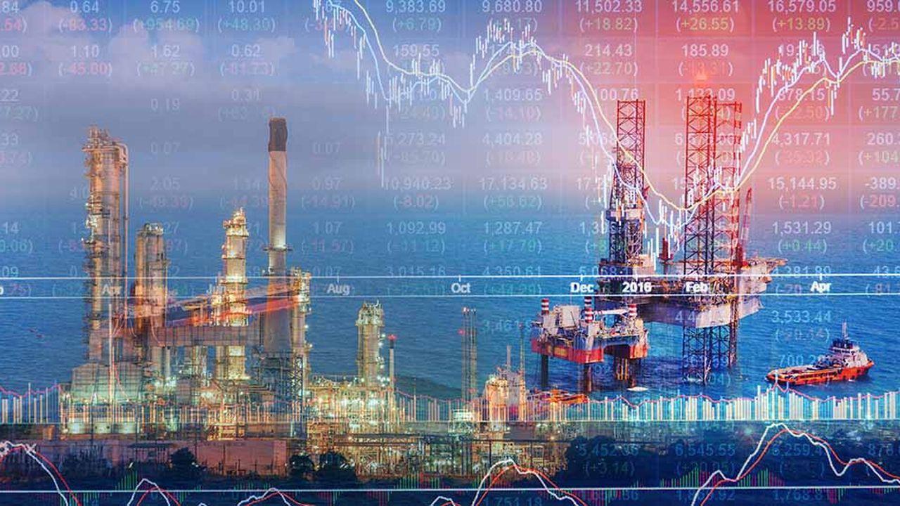 L'or noir avait chuté la semaine dernière et lundi, affecté par les turbulences à Wall Street ainsi que par une potentielle surabondance de l'offre de pétrole