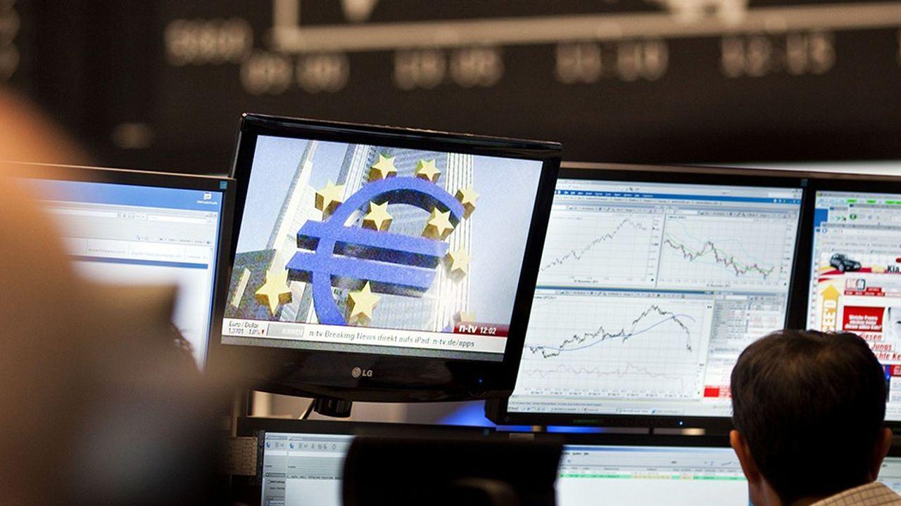 Les incertitudes sur la remontée des taux d'intérêt en Europe pèsent sur la valorisation du secteur bancaire en Europe.