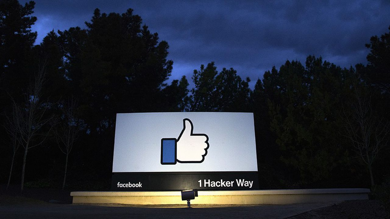 Facebook a perdu 140milliards de dollars de capitalisation en un an, la pire contre-performance des géants de la tech.