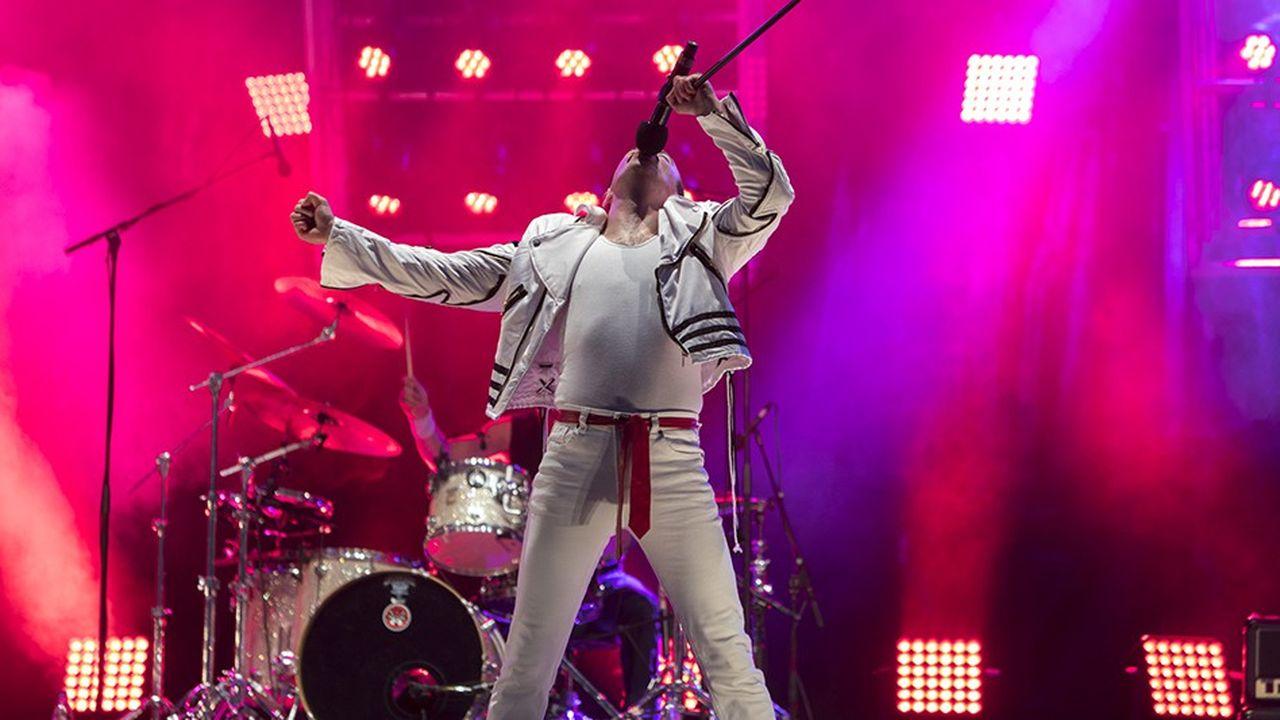 Gary Mullen and the works - Queen. L'un des 20.000 tribute bands dans le monde