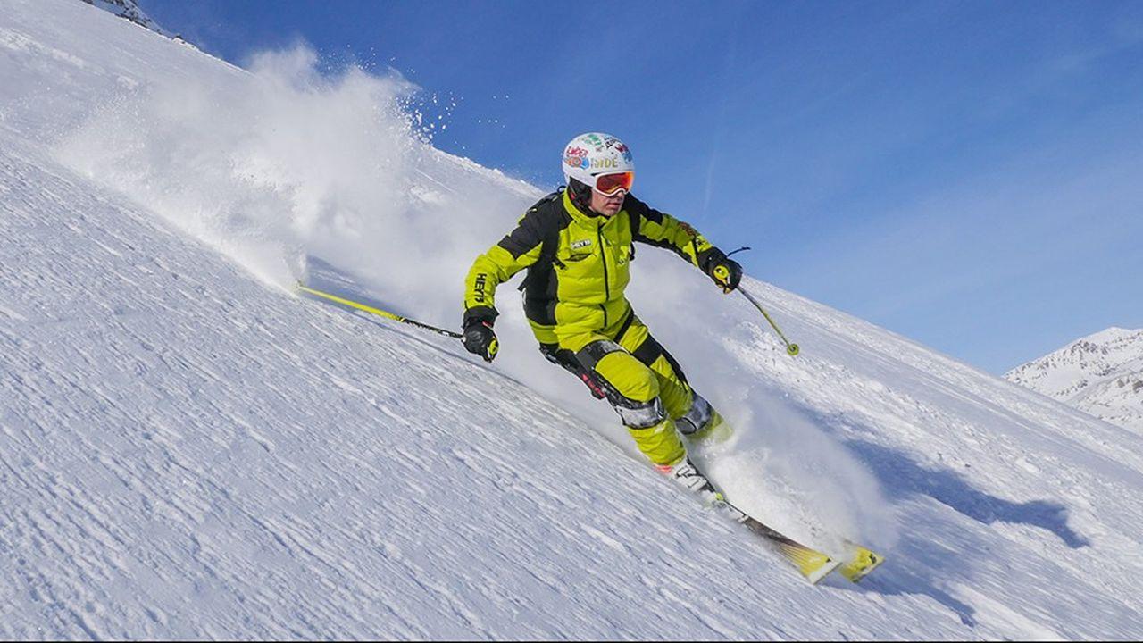 Le mécanisme du Ski-Mojo est basé sur un puissant ressort réglable prenant en charge un tiers du poids du corps.