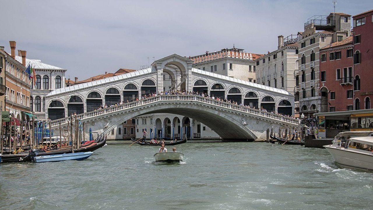 Trente millions de touristes visitent Venise chaque année
