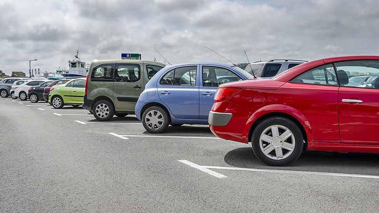 L'avènement des offres de location de voitures neuves stimule le marché français.