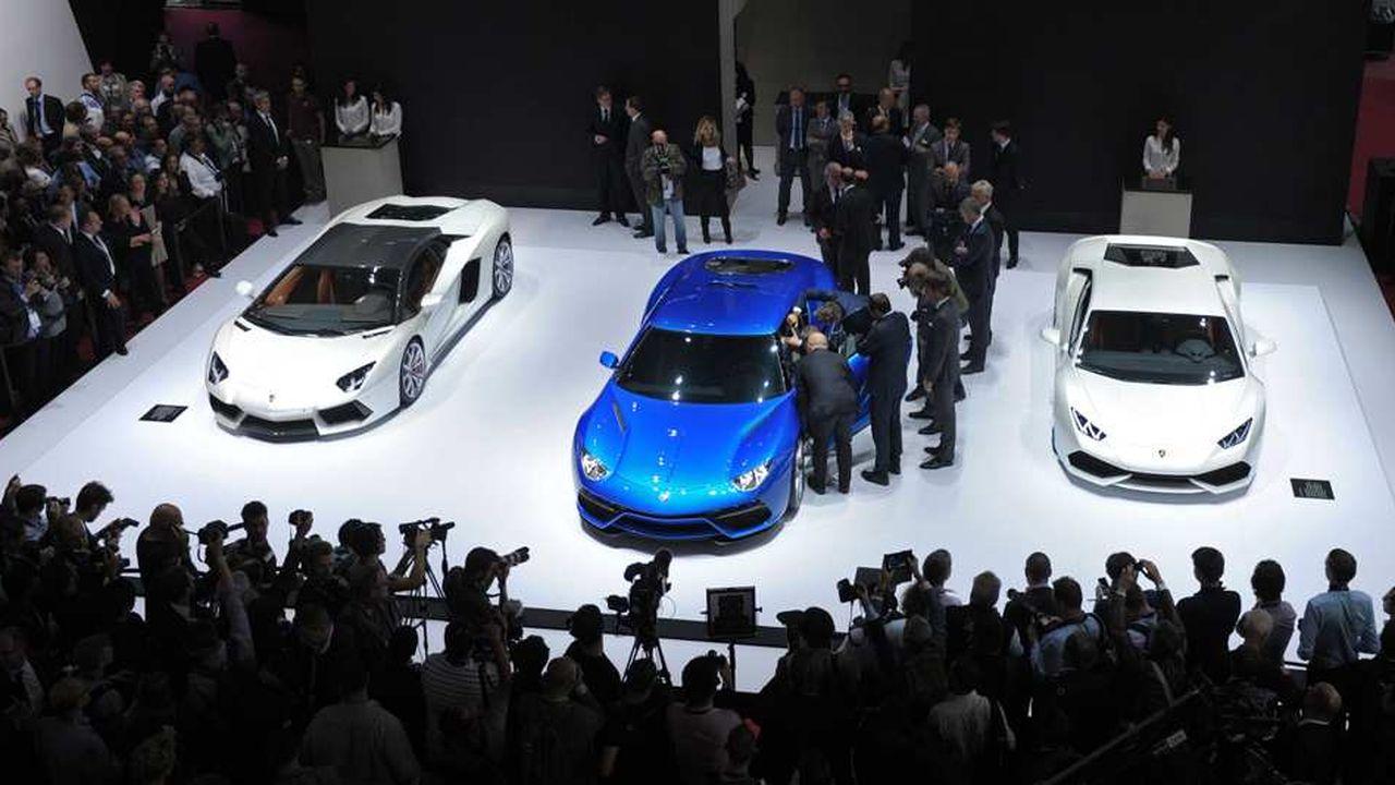 Mondial De L Automobile Le Pari De L Hybride Et La