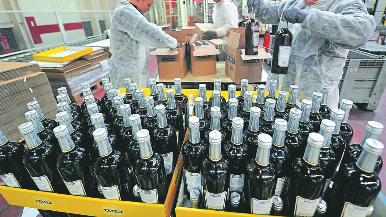 La famille Ricard détient 15% du capital du groupe Pernod Ricard et près de 22% des droits de vote (Photo by Philippe HUGUEN/AFP)