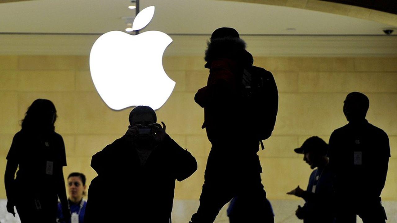 Apple n'est plus que la troisième capitalisation boursière mondiale derrière Amazon et Micrososft.