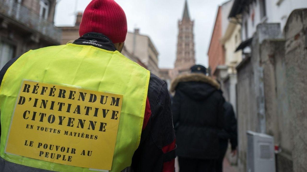La mise en place du référendum d'initiative citoyenne est au coeur des revendications des «gilets jaunes».