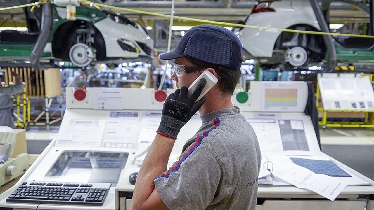 Fabrication de voitures Peugeot dans l'Hexagone.