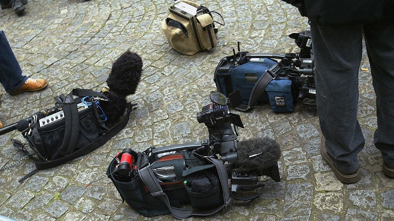 Les télévisions locales font entendre les voix de chacun, dans le respect de la diversité.