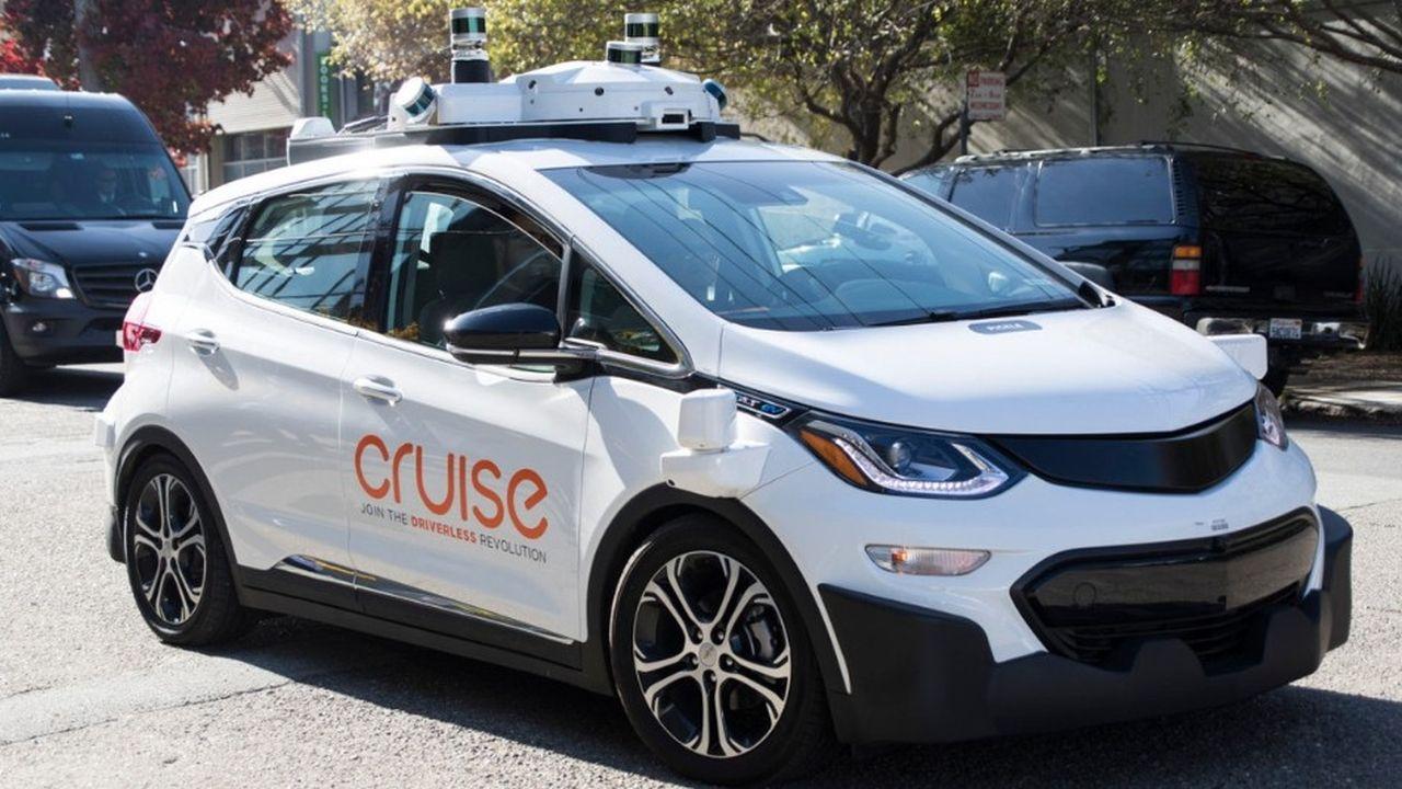 Cruise a immatriculé 180 véhicules autonomes et emploie 400 chauffeurs de sécurité à San Francisco, selon le site « The Verge ».