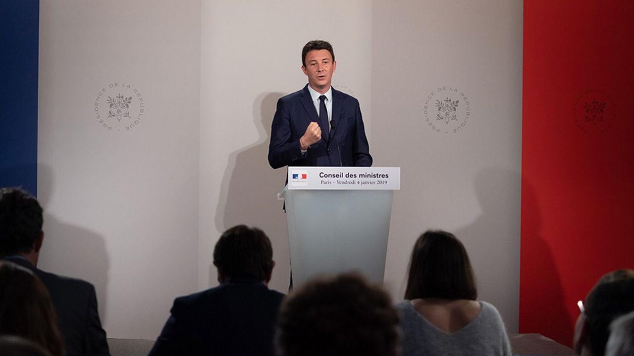 «Aujourd'hui il n'y a pas de réflexion en cours sur une modification des droits de succession, sur la fiscalité appliquée aux droits de succession», a déclaré Benjamin Griveaux lors du compte rendu duConseil des ministres à l'Elysée.