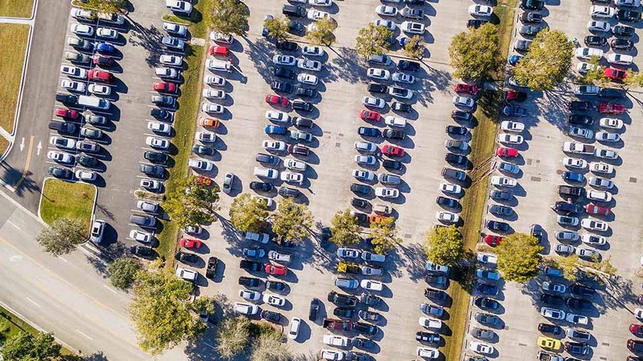 Le marché automobile mondial pourrait reculer cette année, après dix ans de croissance ininterrompue.