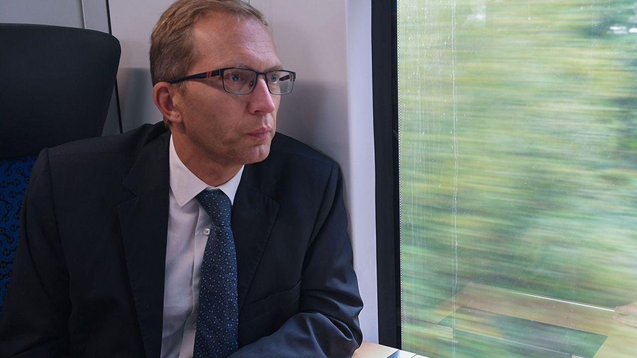 A l'origine, Henri Poupart-Lafarge, le PDG D'Alstom, se montrait très confiant sur la capacité de son groupe et de Siemens à convaincre la Commission. Mais alors que la DG concurrence doit rendre son verdict avant le 18février, «les signaux qui viennent en ce moment de Bruxelles ne sont pas bons», concède une source.