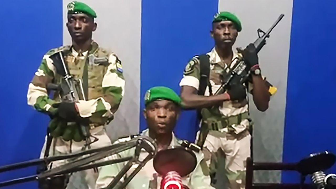 Les militaires se sont emparés de la radio nationale. Les violences persistaient au delà de l'arrestation des auteurs présumés du coup d'Etat
