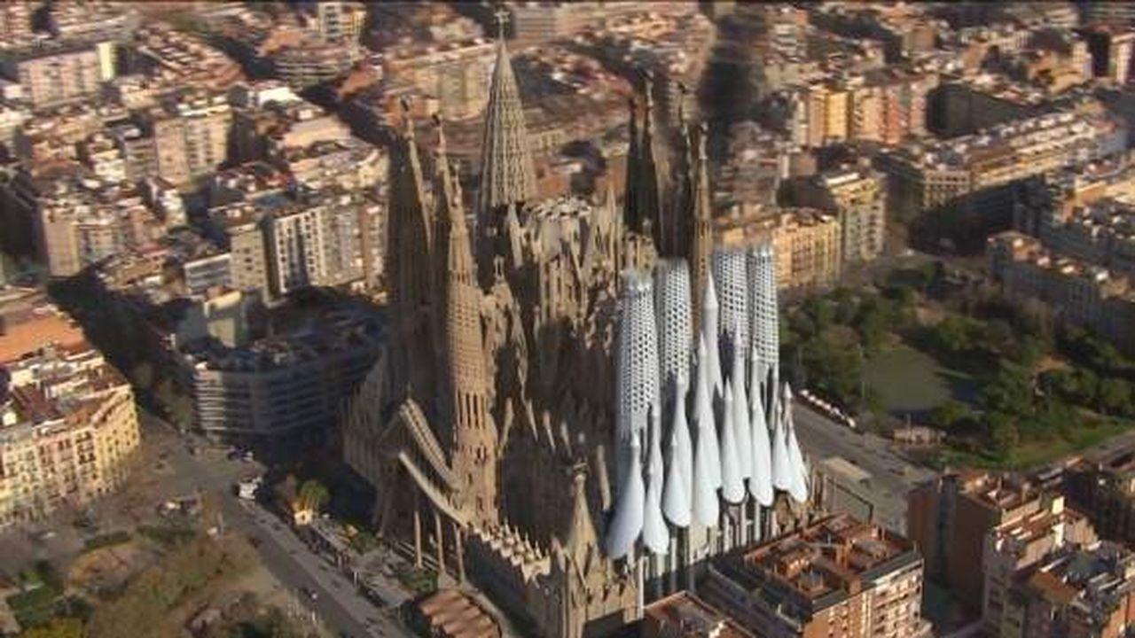 La Sagrada Familia Achevée Virtuellement Les Echos