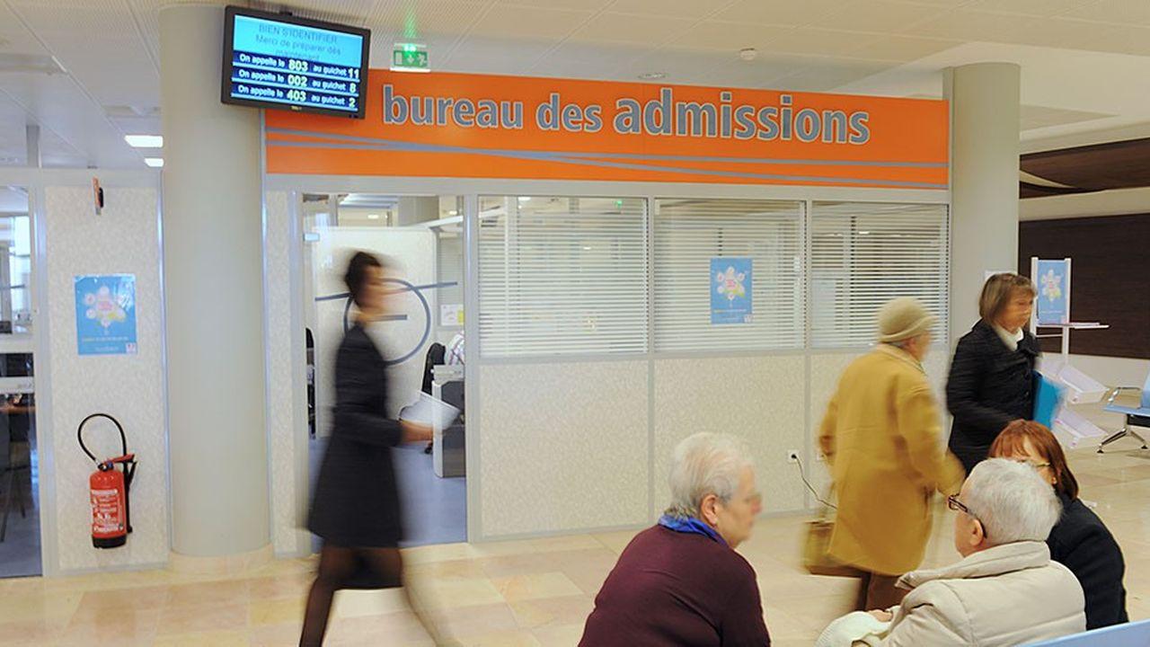 Les démarches administratives pour l'admission à l'hôpital s'avèrent souvent fastidieuses.