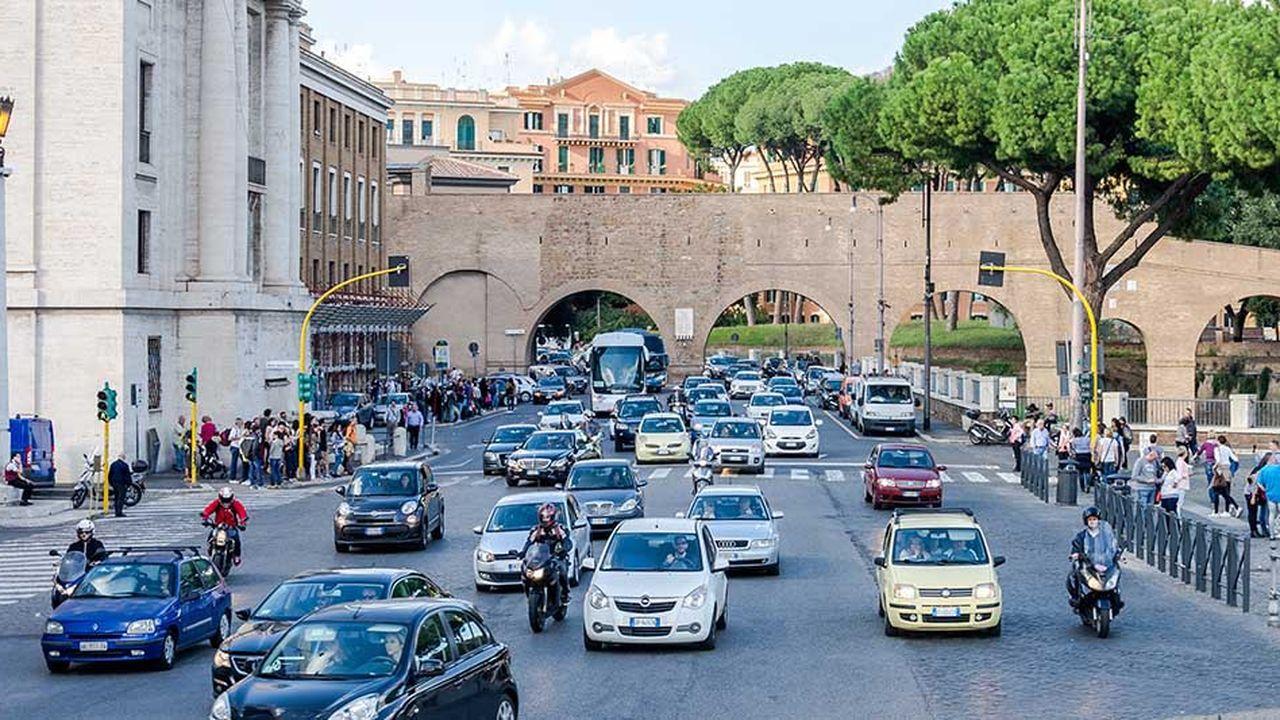 Le gendarme italien de la concurrence juge que les banques des constructeurs automobiles ont faussé le marché du crédit auto en s'échangeant des informations sur leurs pratiques.