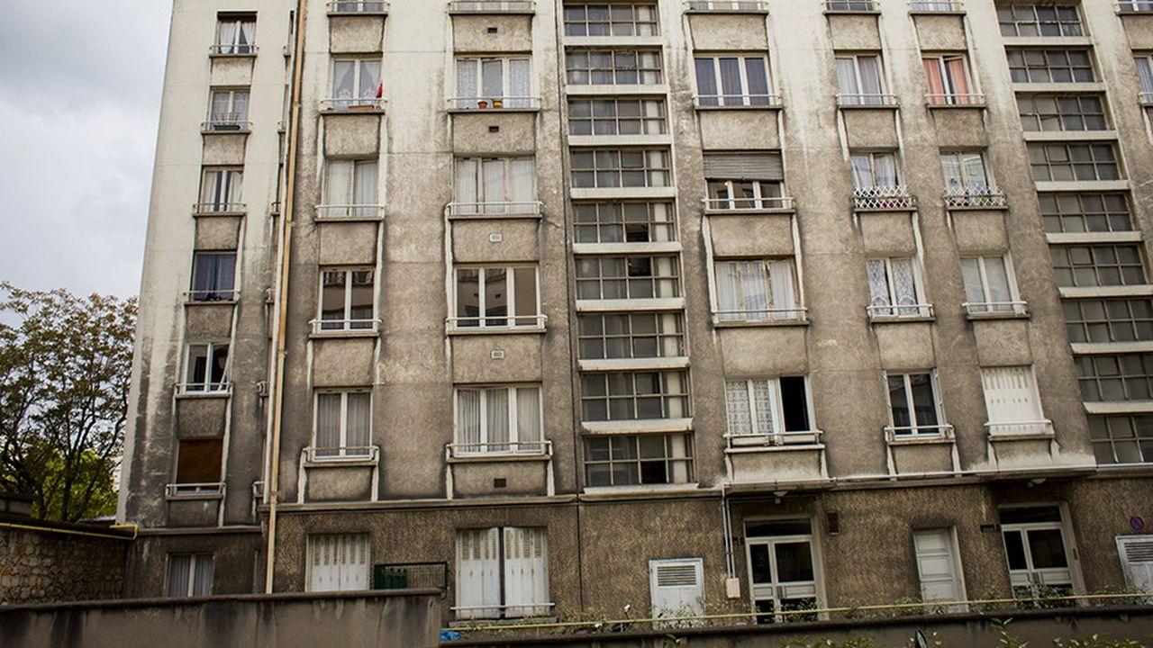 Des immeubles en copropriété ou parfois propriété de bailleurs sociaux sont en si mauvais état que les habiter présente undanger réel.