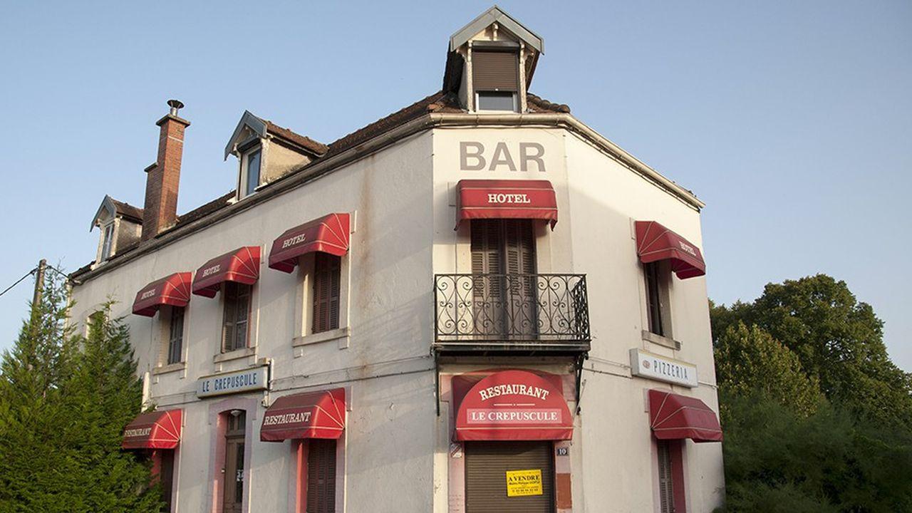 Le Crépuscule, bar-hôtel-restaurant-pizzeria.