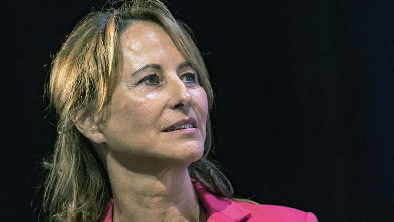 «Je reprends ma liberté de ne pas être candidate», a expliqué Ségolène Royal ce vendredi matin sur France Inter.