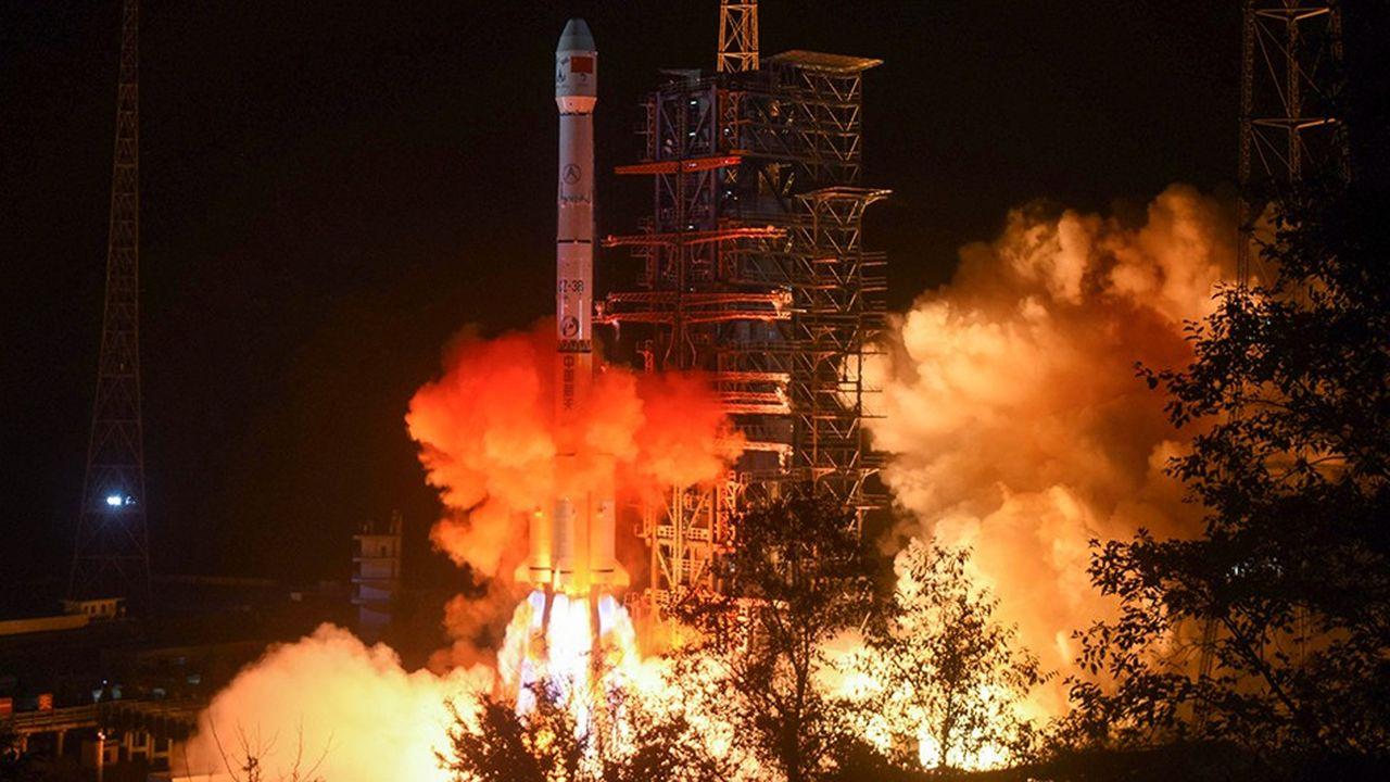 La Chine est la première à se poser sur la face cachée de la Lune.