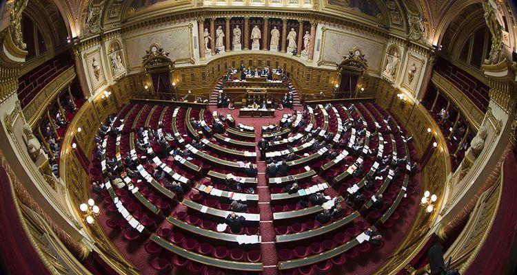 Le rôle des assemblées, ici le Sénat, fait parti des questions soulevées par Emmanuel Macron.