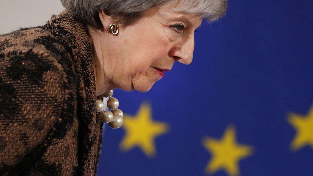Theresa May met en garde contre «une rupture de confiance catastrophique et impardonnable» dans la démocratie en cas de rejet de l'accord par les élus britanniques.