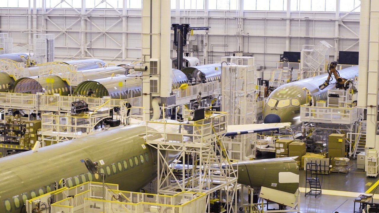 La chaîne d'assemblage de l'A220 à Mirabel, près de Montréal, porte les ambitions d'Airbus au Canada