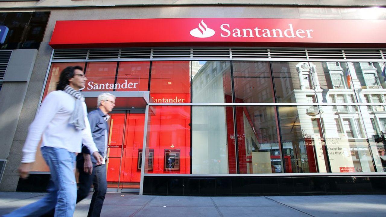 L'embauche d'Orcel avait été annoncée en septembre par Santander qui prétendait ainsi donner un haut profil de finance internationale à son équipe dirigeante