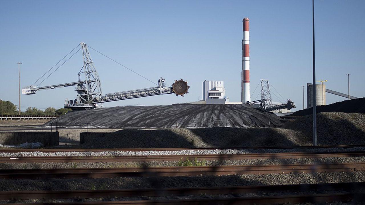 La réquisition de Cordemais appuie les revendications des salariés du site, qui s'opposent à la décision du gouvernement de fermer les cinq dernières tranches au charbon exploitées en France d'ici 2022.