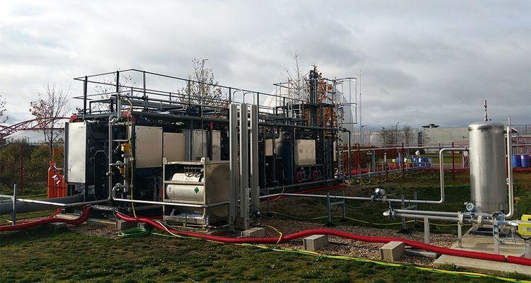 La station d'épuration de Valenton produit du biométhane liquide pour les véhicules à partir des eaux usées.