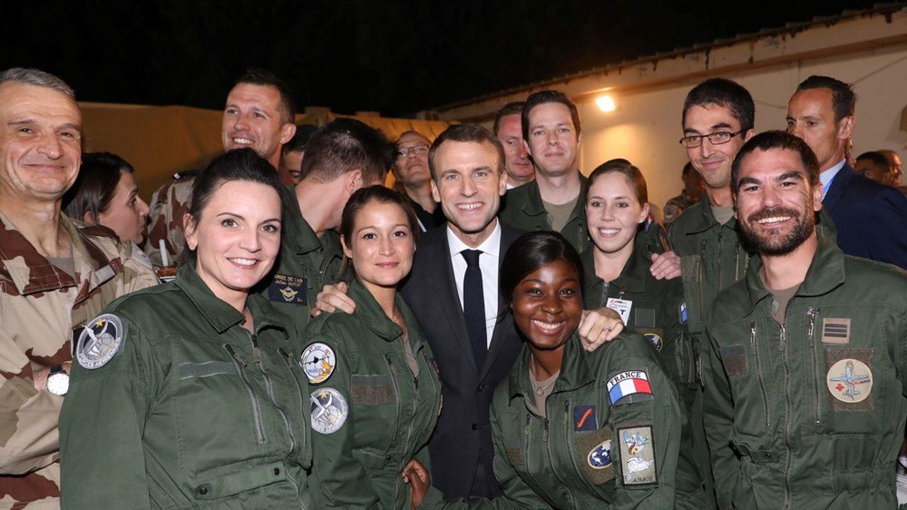 Emmanuel Macron était le 22 décembre avec les troupes françaises basées au Tchad.
