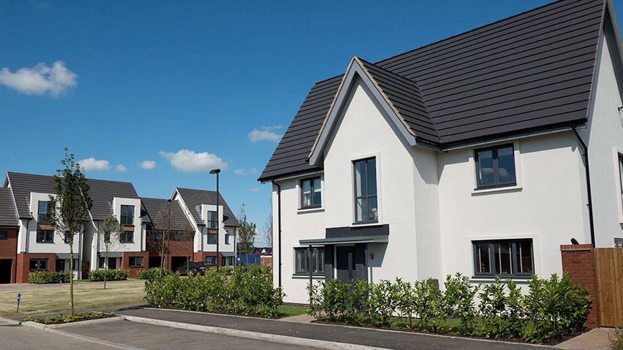 En dépit de la faiblesse du coût du crédit, les particuliers se heurtent à la hausse des prix de l'immobilier.