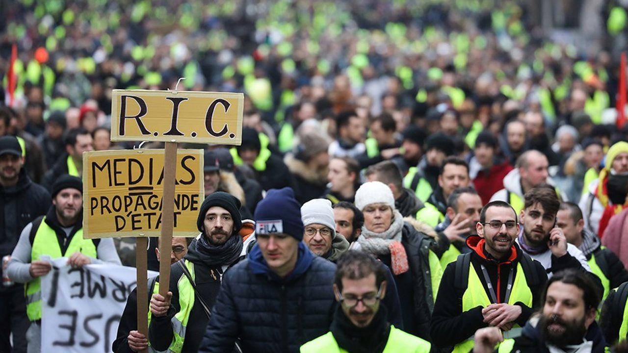 Des «gilets jaunes» lors de la manifestation du 12janvier à Paris.